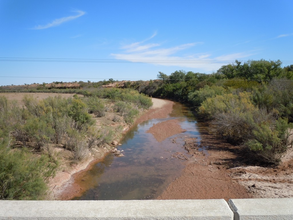 Great Plains stream under low-flow conditions